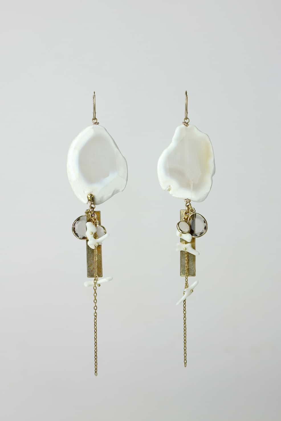 Botswana agate, white coral and glass earrings